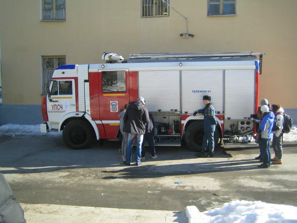 пожарный автомобиль на этапе соревнований
