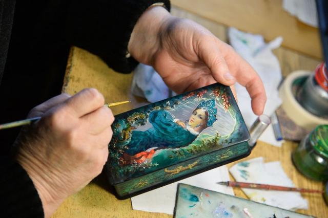 Лаковая миниатюра - жемчужина народного творчества